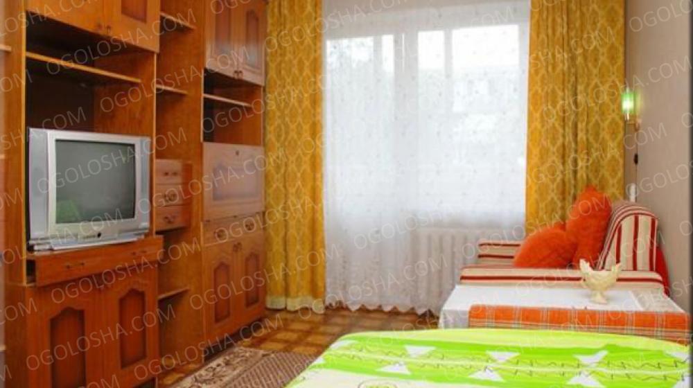 Однокомнатная квартира посуточно ул. Якуба Коласа,Киев