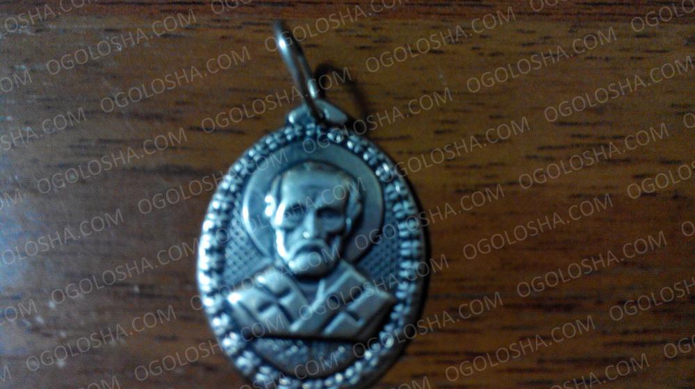Продам серебряную иконку Святой Николай Угодник