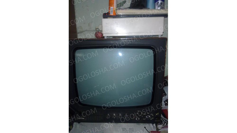 Старый телевизор на запчасти