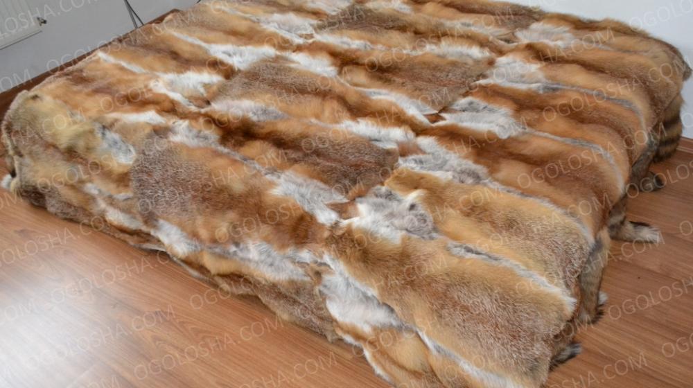 Меховое покрывало из лисы