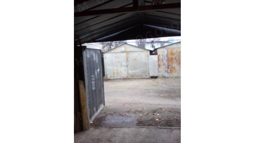 продам приватизированный гараж (р-н Институт Химии)