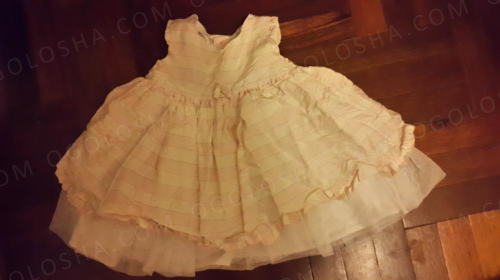 Продам Нарядное платье на возраст 6-12 месяцев