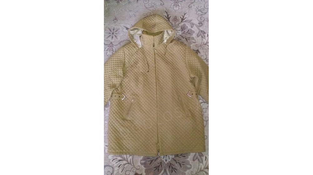 Продаю женскую демисезонную куртку, 56-58 размер