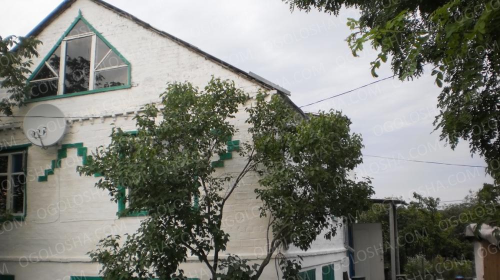Продам ДОМ 124 кв.м. в с. Лычково Магдалиновского р-на Днепропетровской обл.