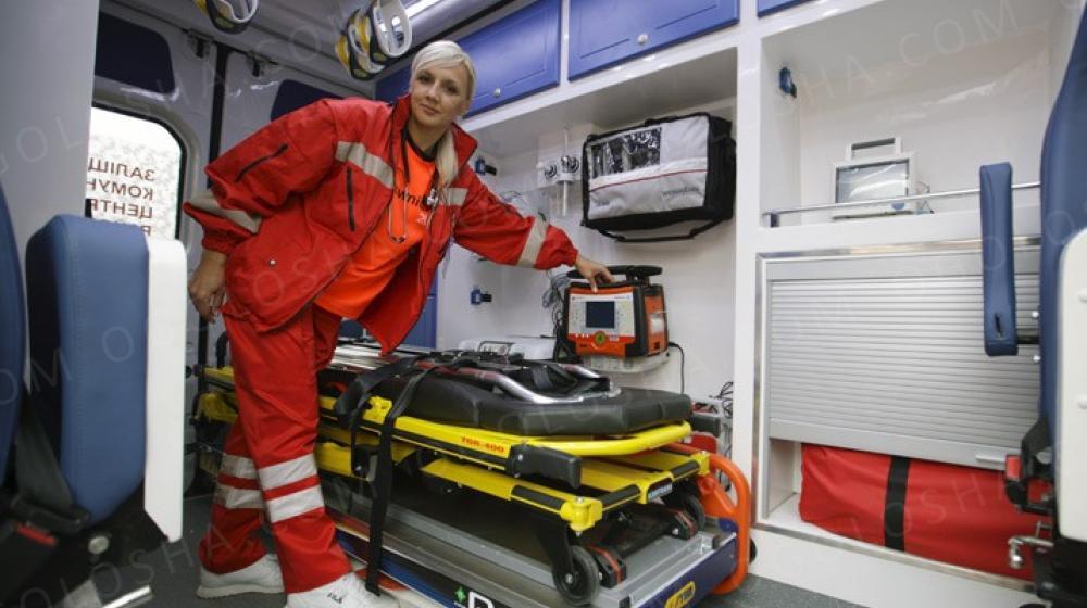 Транспортировка лежачих больных Киев, Украина