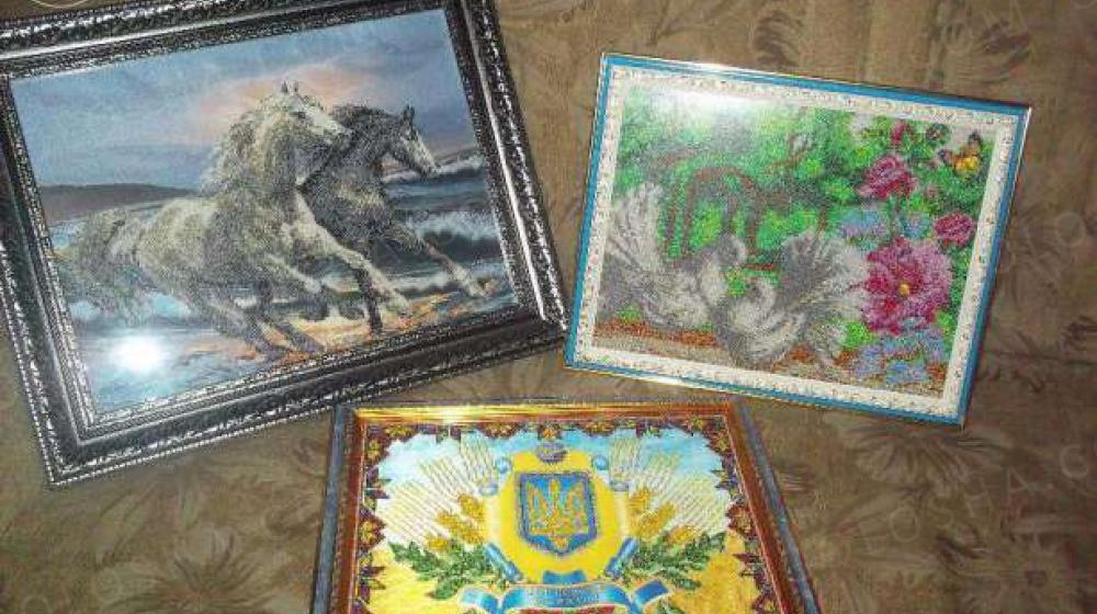 Продам вышитые картины бисером
