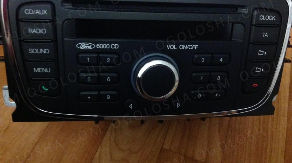 Продам штатное головное устройство для Ford Mondeo, Focus (автозвук)