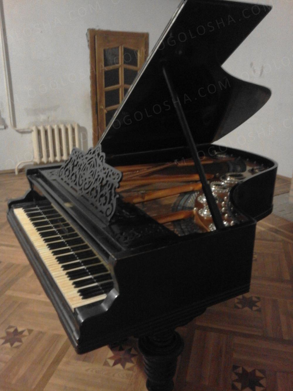 Продаем рояль