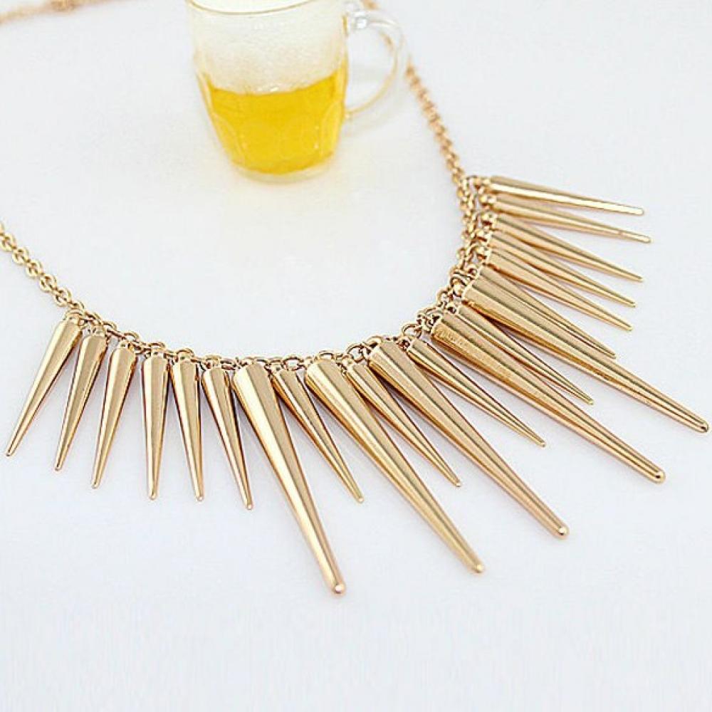Модное ожерелье в стимпанк-стиле