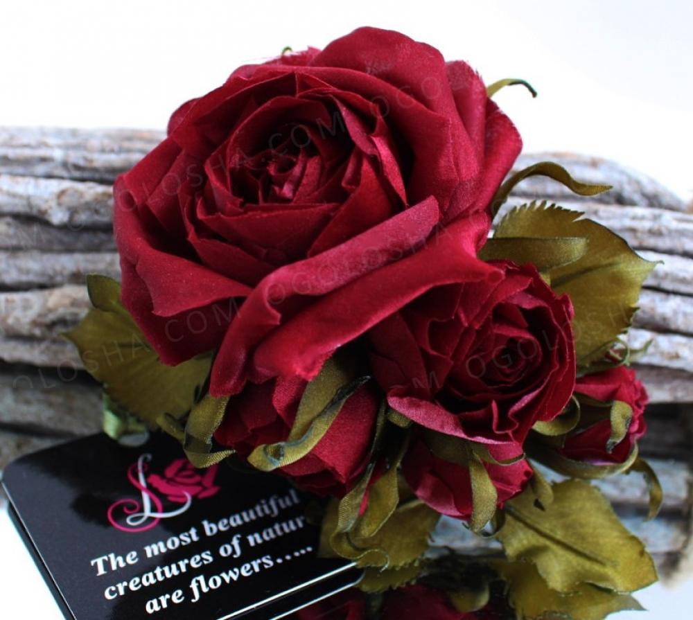Шелковая бутоньерка «Forever». Цветы из ткани