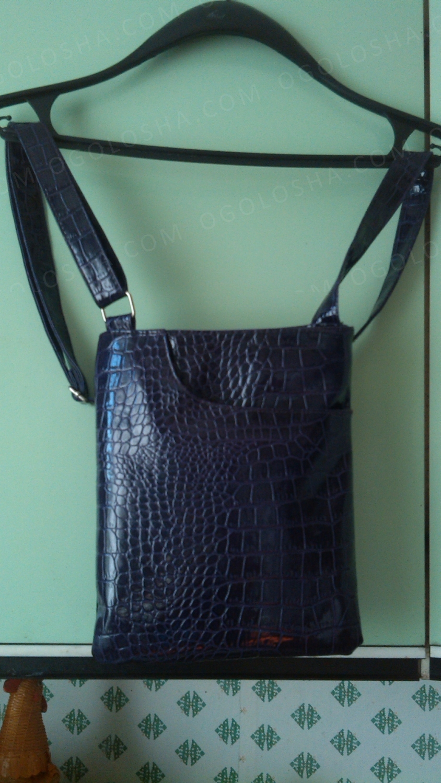 сумочка кросс боди отличное состояние