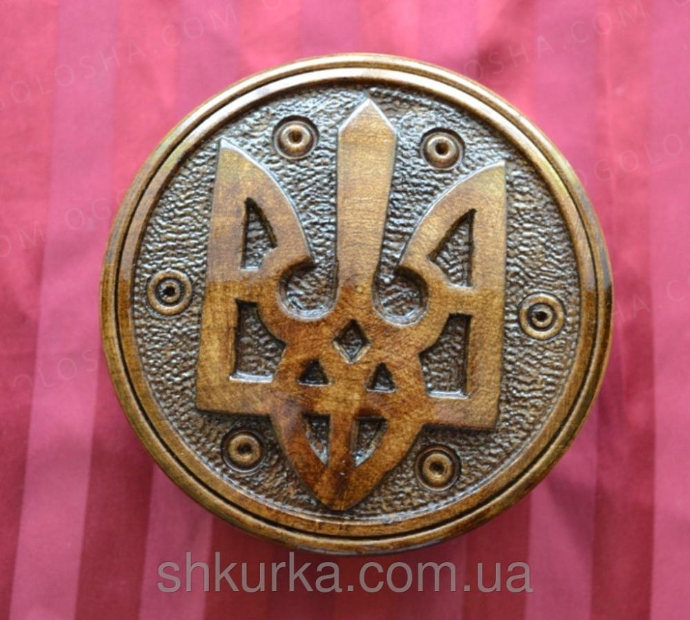 шкатулка резная с гербом