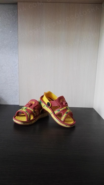 Детские шлепанцы Кроксы размер 24
