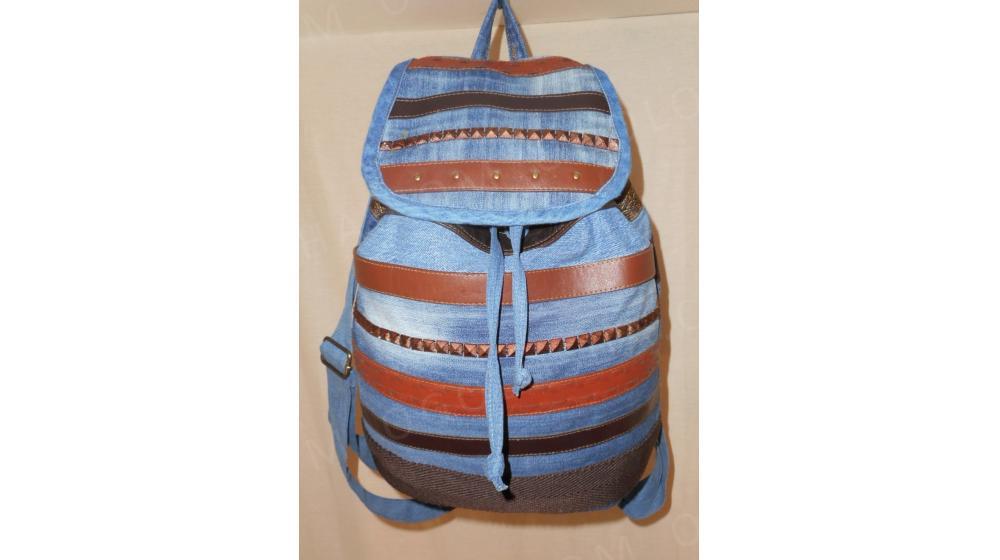 женский джинсовый рюкзак Возможен торг