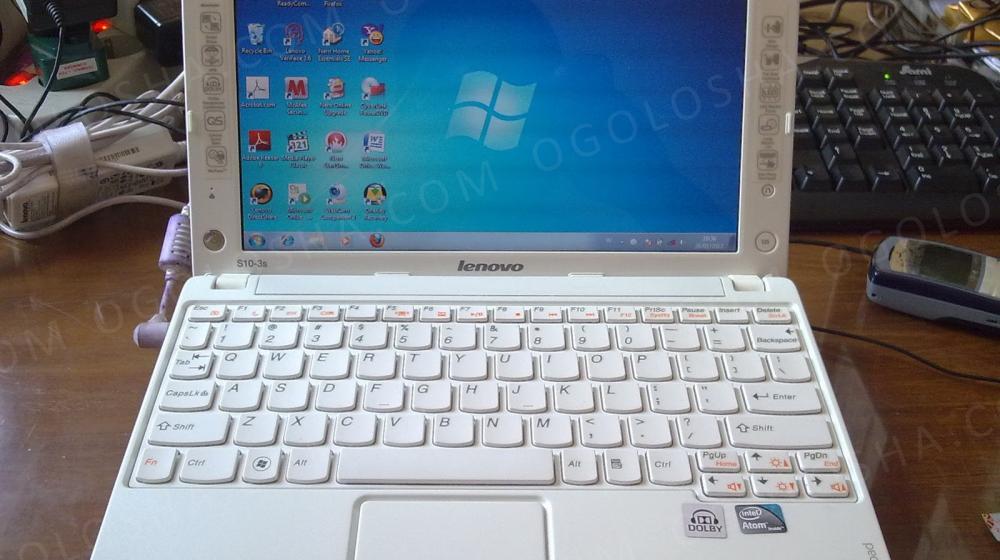 Внешне как новый нетбук Lenovo S10-3s (с коробкой и документами).