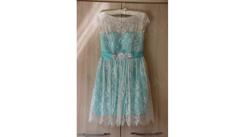 Продам красивое платье для торжественных и особых случаев