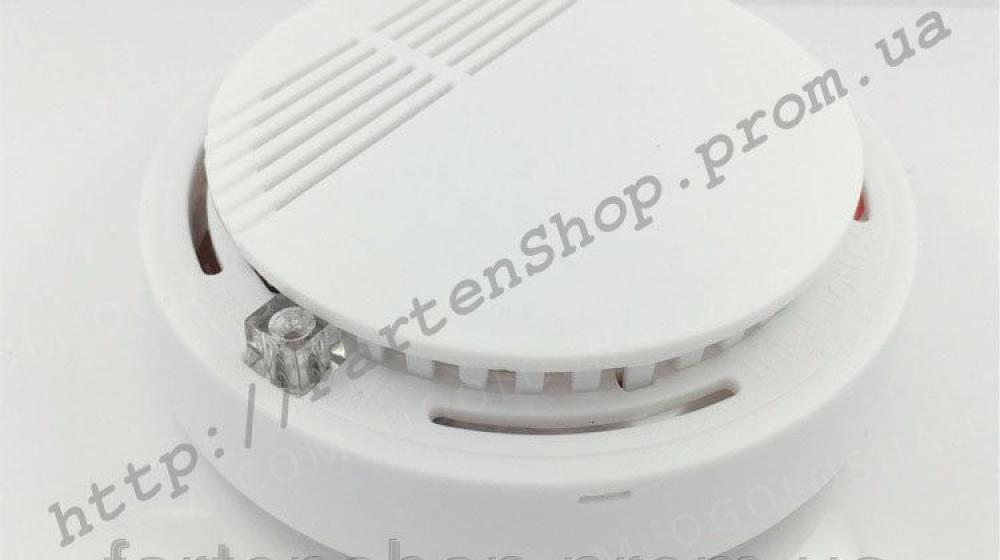 Беспроводной фотоэлектрический детектор дыма