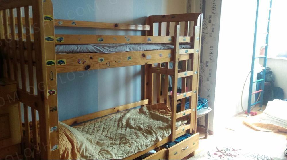 Продам 2-ух ярусную кровать