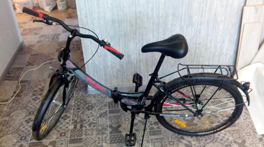 Продам велосипед Дорожник 24 TWIST 14GSt hfvf 14,5(2016)         Черный\красный