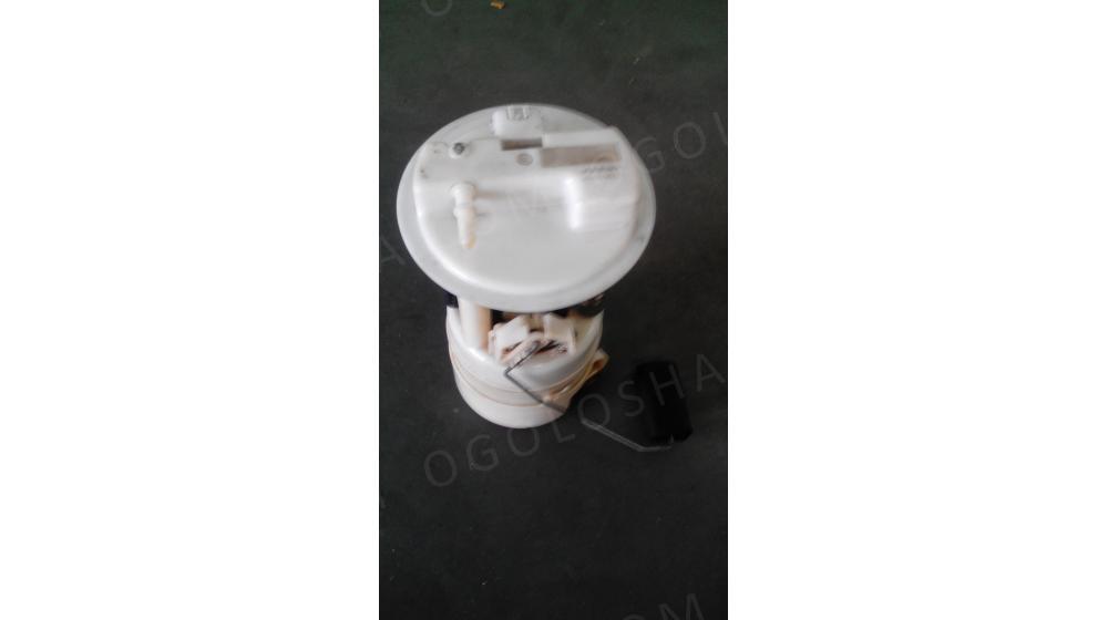 Продам топливный насос в сборе на ниссан микра оригинал.