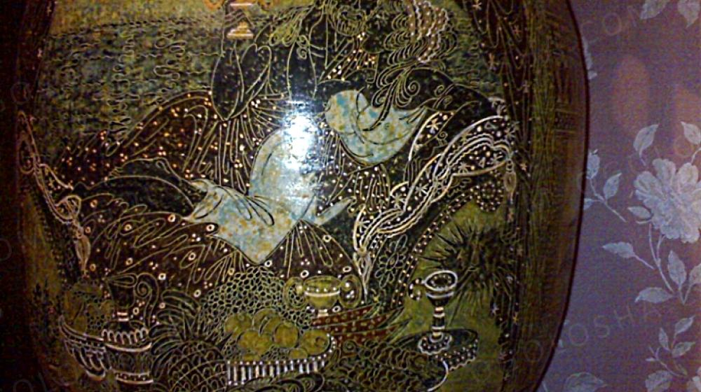 Ваза напольная с крышкой 1м 14 см.Ручная роспись. Гравировка.