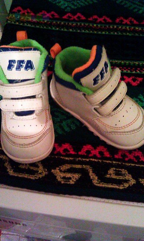 Демісезонні черевички  150 грн - Детский мир   Детская обувь Ровно ... 45f7a79be60a2
