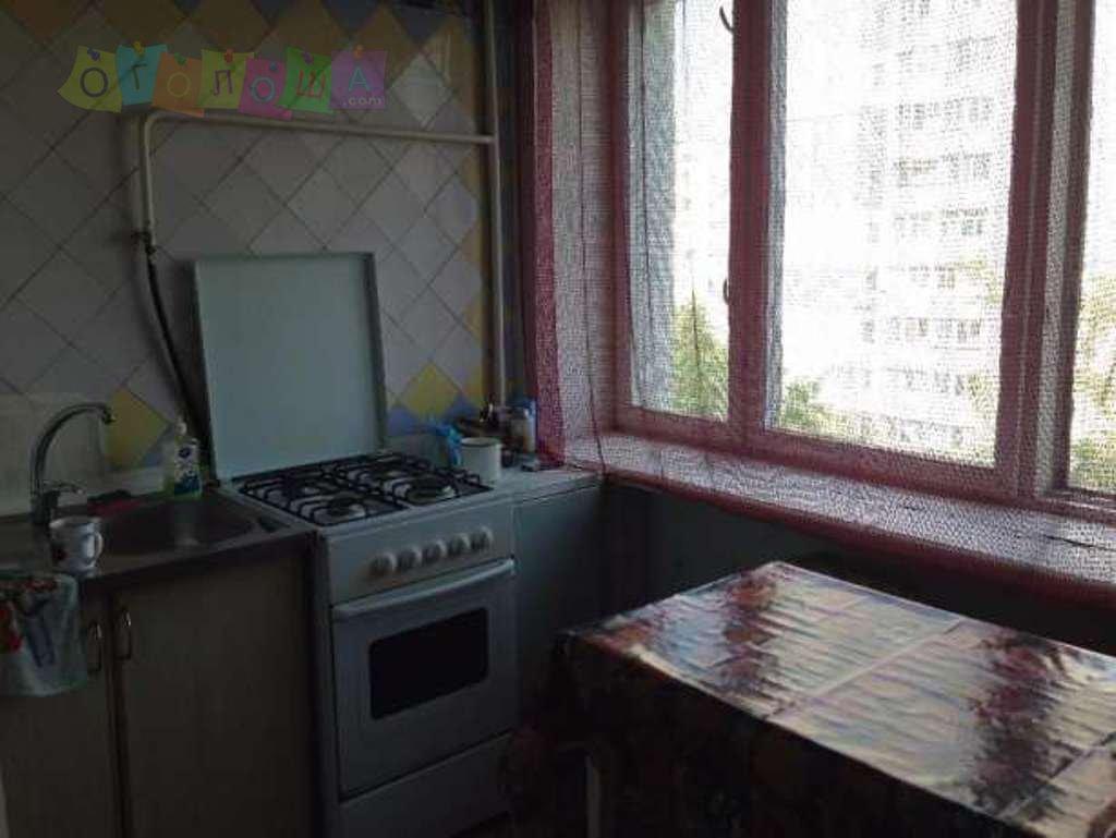 Продам 2-комнатную квартиру на Добровольского