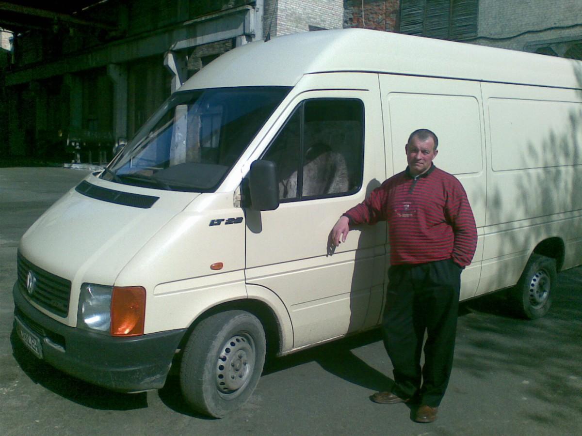 Перевезу вантаж на автобусi Мерседес спрiнтер 1.5т.