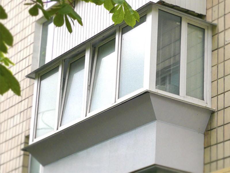 Остекление и обшивка балконов. балкон под ключ....: договорн.