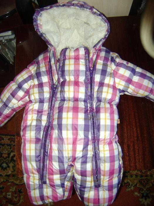 Продам детский зимний комбинезон марки KANZ на девочку от 0-7 месяцев