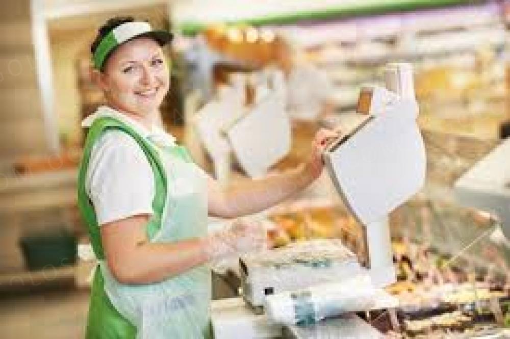 Продавець в супермаркет на Виноградарі
