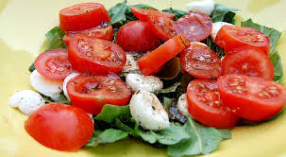 Повар (салатник)