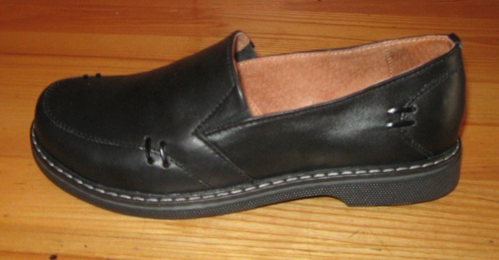 892997b1a ... Мода и стиль Харьков · Одежда/ обувь Харьков. Следующее. Туфли женские  на толстой подошве черные модель НТ6