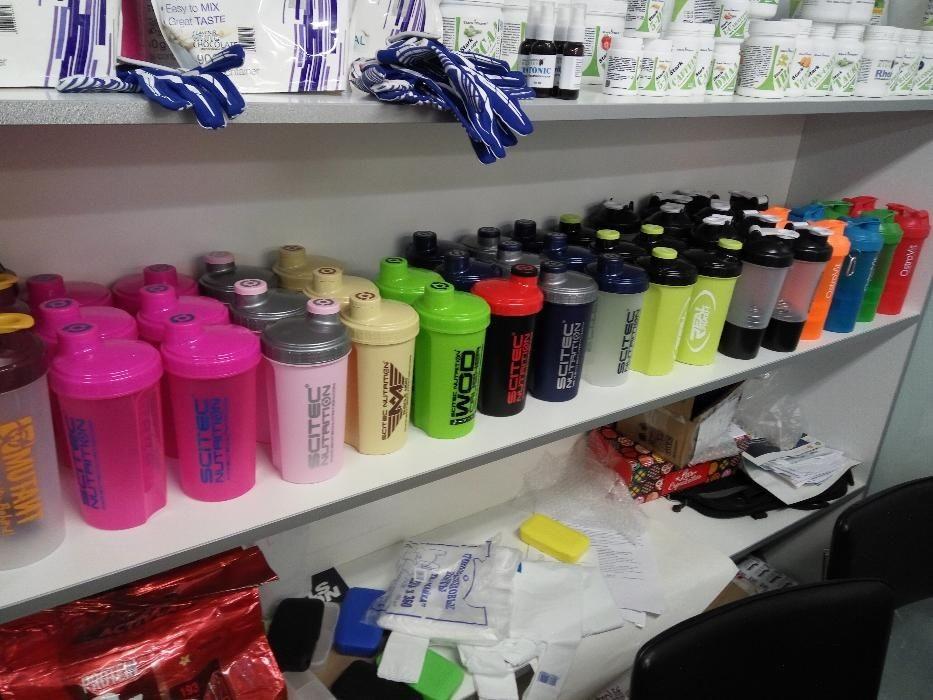 Шейкеры Scitec Nutrition оптом 700 мл pink wod crusher army blue head