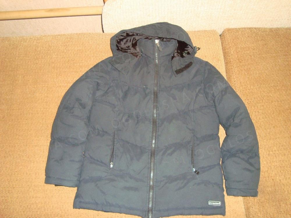 Курточка зимняя для мальчика на рост 122-130 см.