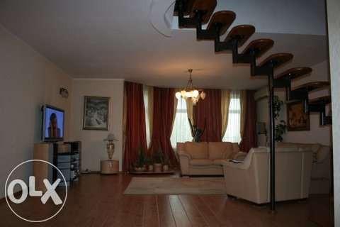 СРОЧНО!!! Продам 2-уровневую квартиру В ЦЕНТРЕ ГОРОДА!!!