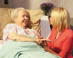 Ищу работу сиделки по уходу за пожилым человеком или лежачим больным