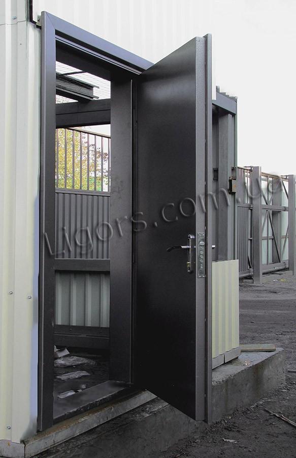 Дверь входная металлическая в подъезд по индивидуальным размерам