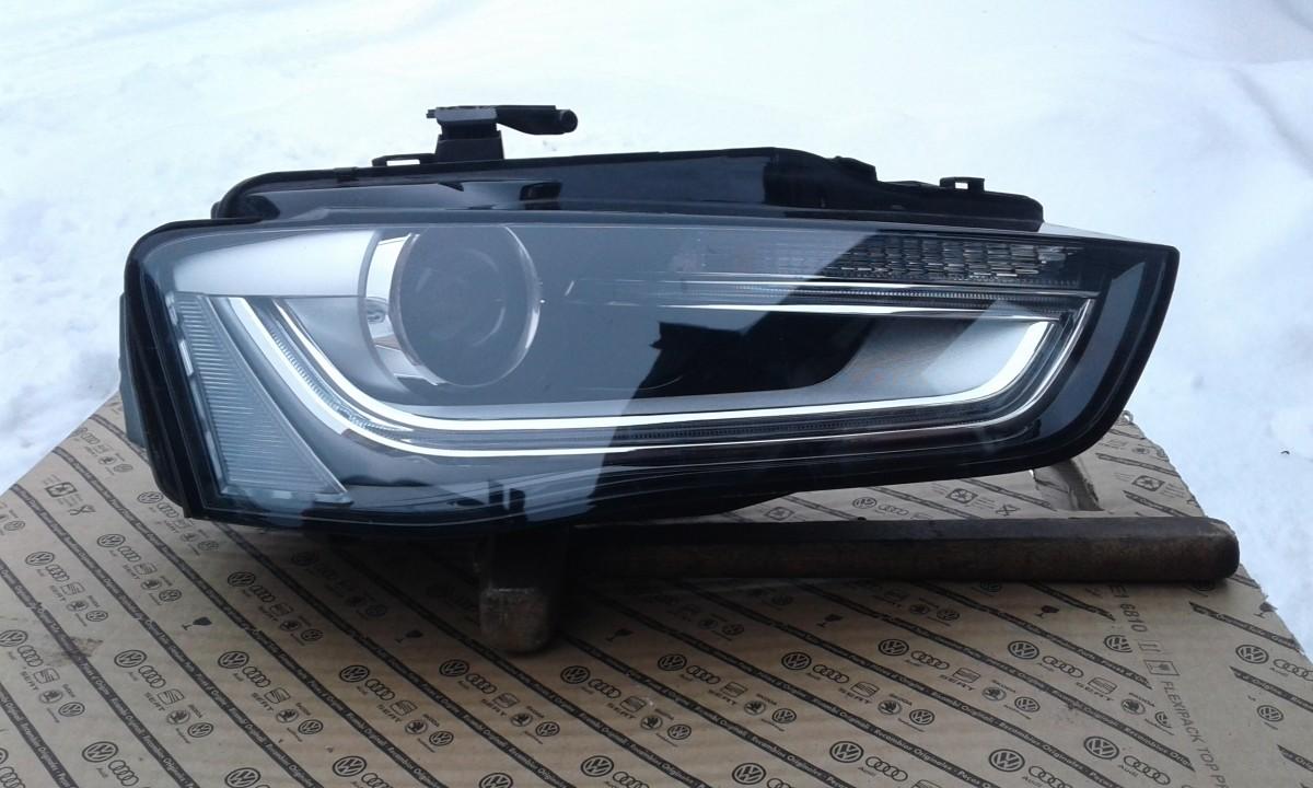 Фара Audi A4 правая