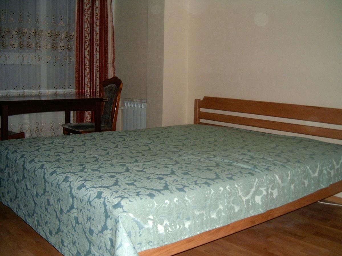 Сдаю посуточно и почасово 1-комнатную квартиру рядом с метро Оболонь