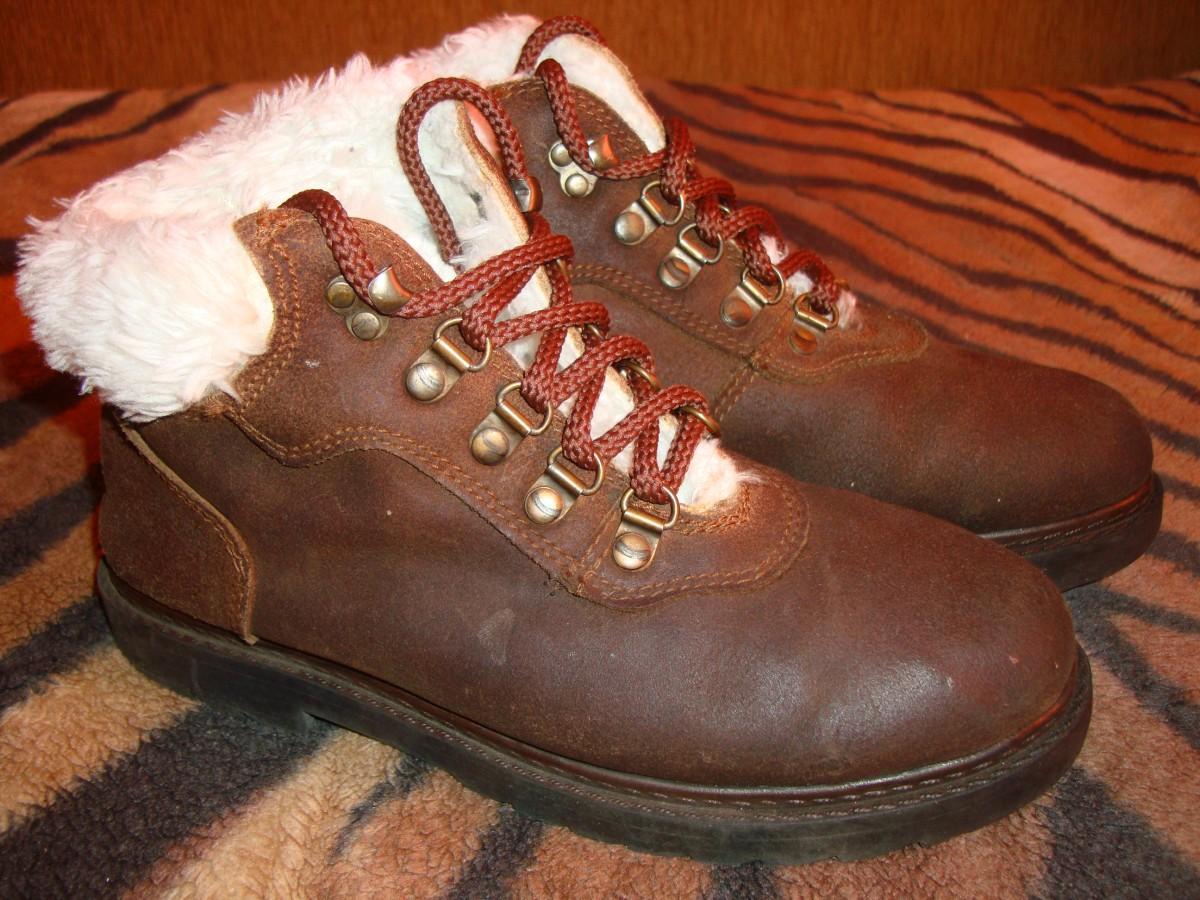 Ботинки стелька 23, 5 см.