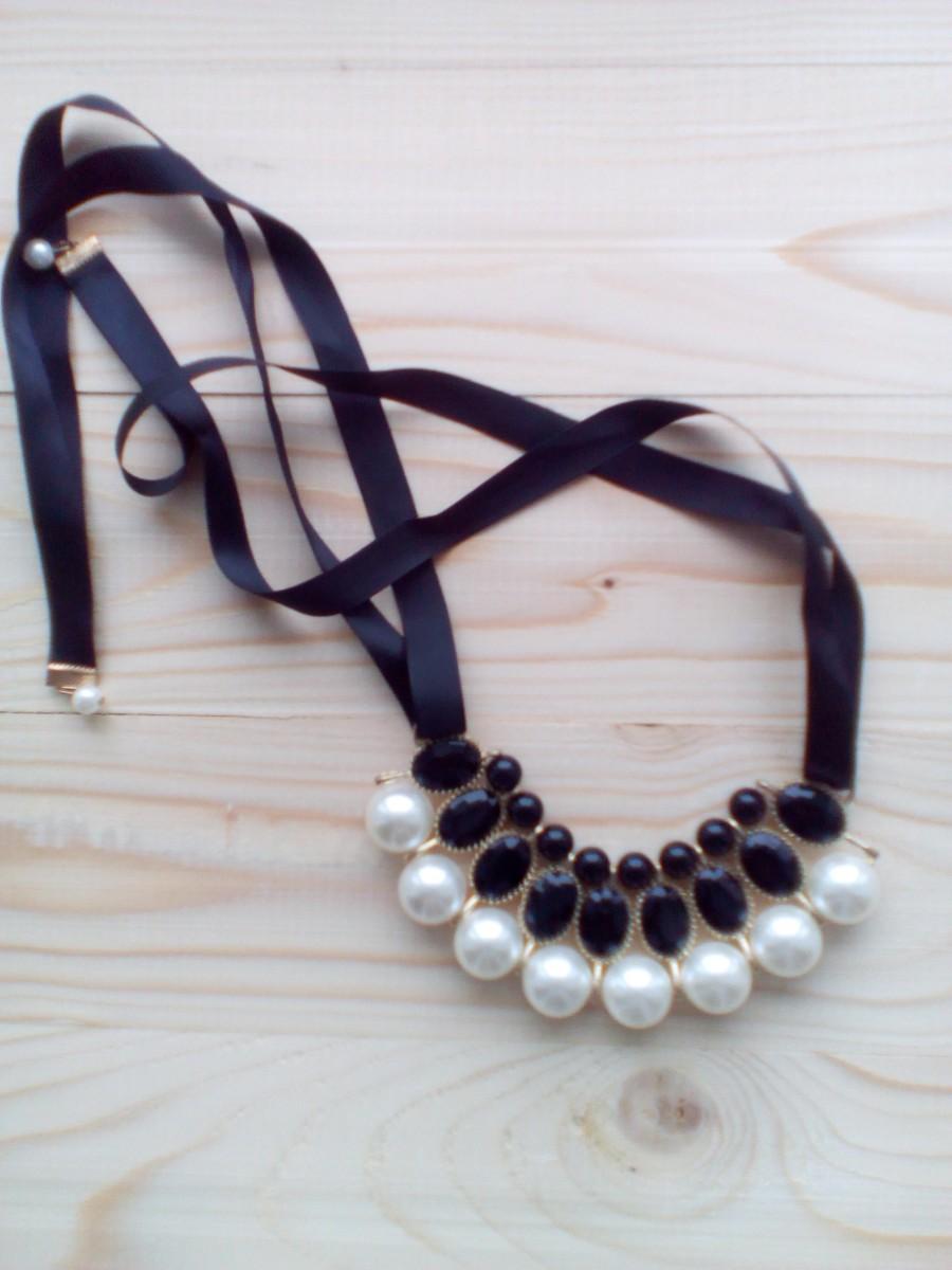 Продам красивое колье ожерелье