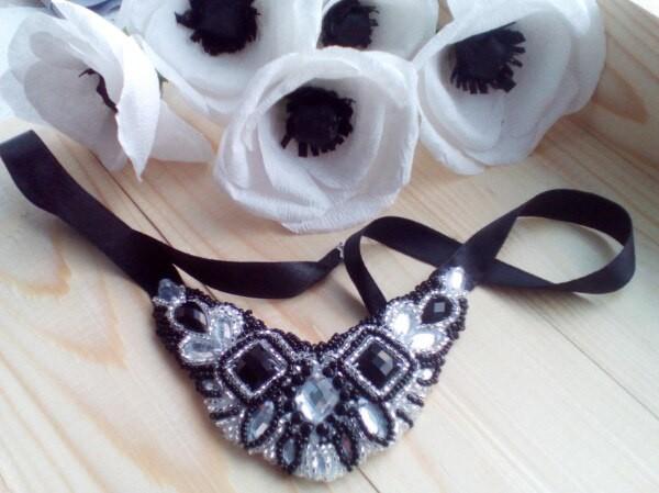 Уникальное колье ожерелье вышитое бисером ручная работа