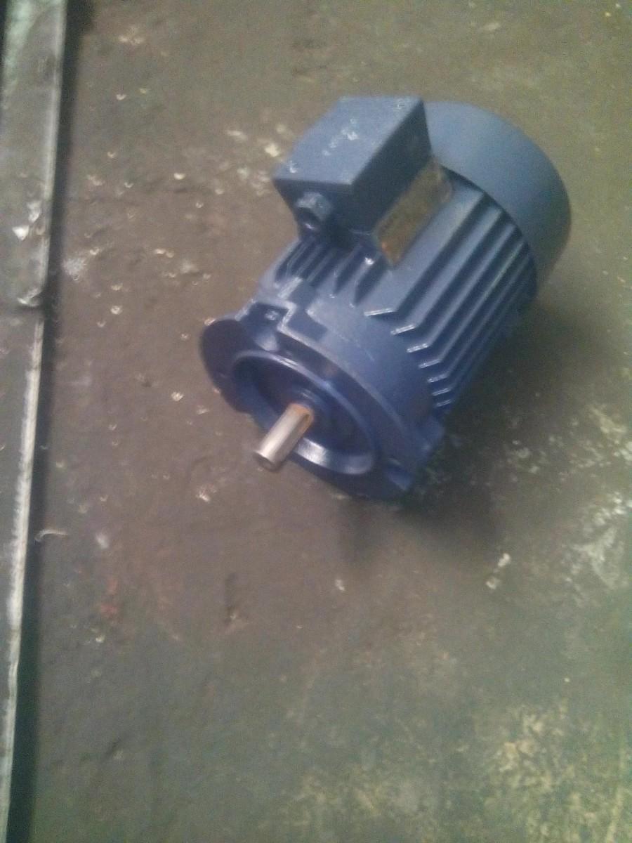 Электродвигатель 0.75 кВт.1500 об.м.