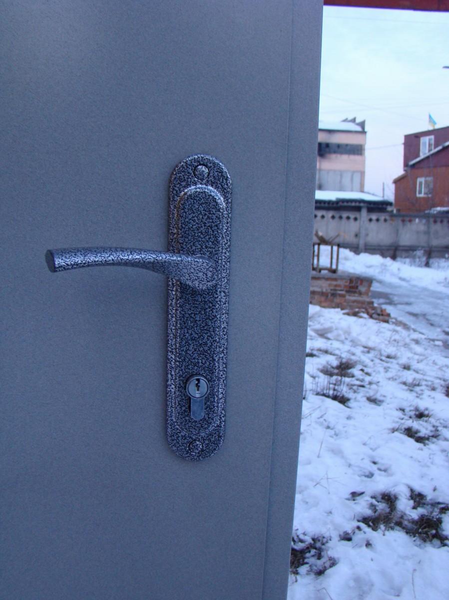 Двери входные Технические 860х2050 (с ручкой Арико)