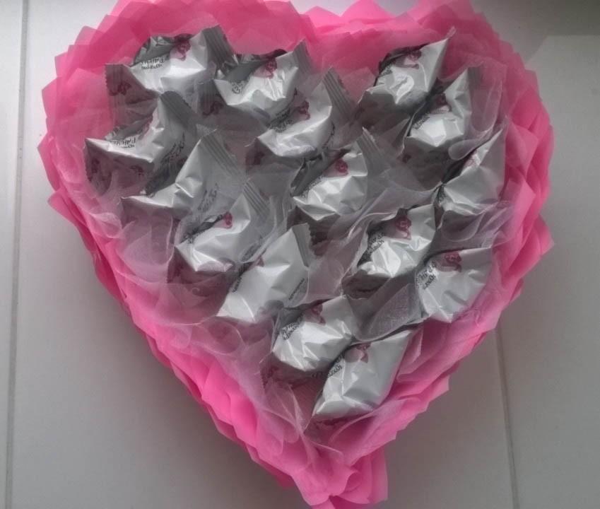 Сердце из конфет (букет из конфет) - подарок на день рождение