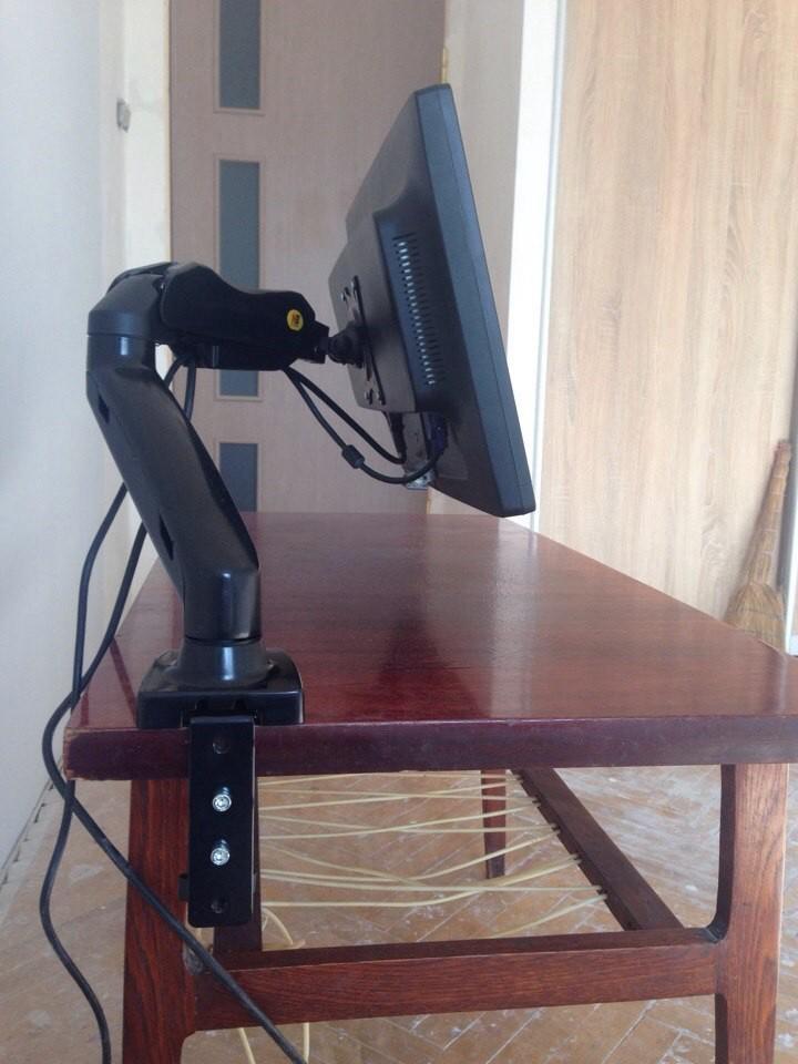 Кронштейн NB F80 для LCD LED монитора «17 — 27» на стол
