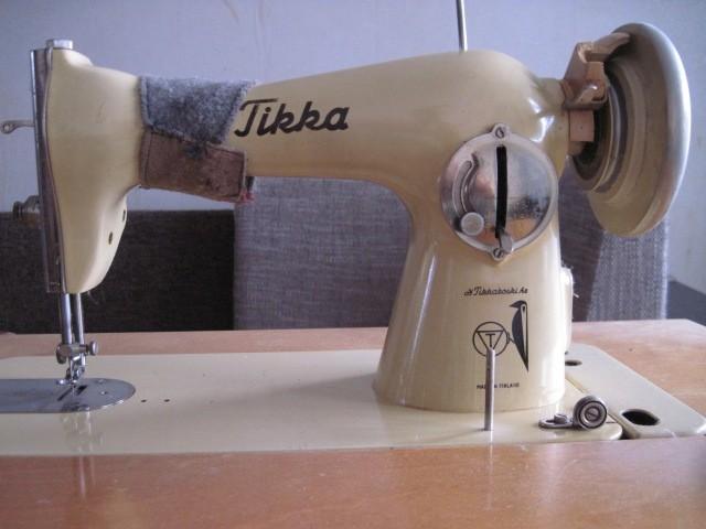 Финская швейная машинка Tikka (Tikkakoski) с ножным приводом