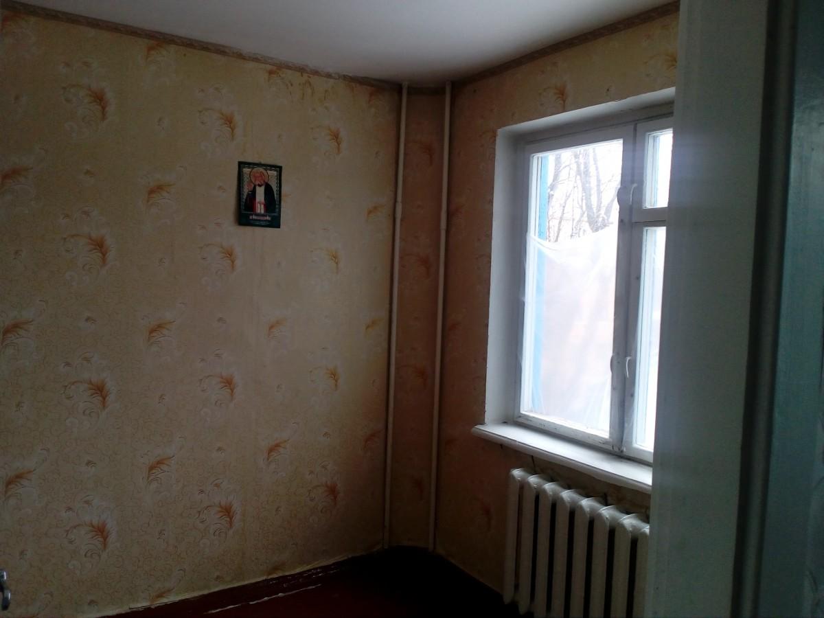 Продам 2-х комнатную квартиру на 44 кв-ле, ул. Армавирская