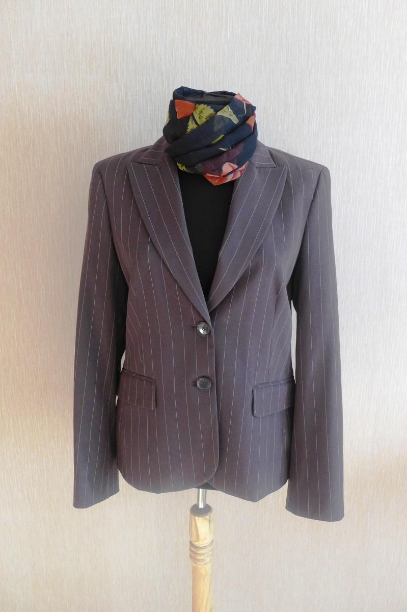 Новый стильный пиджак (жакет) Esprit. Недорого!